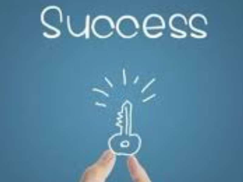 Nghệ thuật của sự thành công: Đọc sách, Chắt lọc thông tin, Liên kết kiến thức và Tiếp tục đọc sách